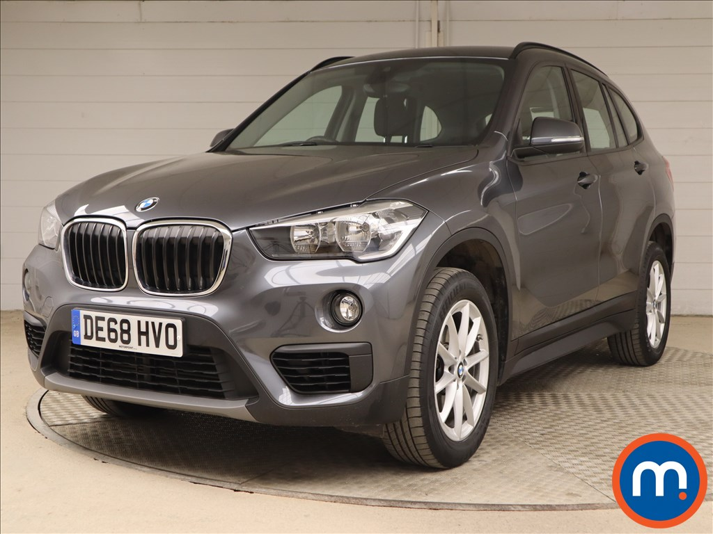 BMW X1 SE - Stock Number 1109986 Passenger side front corner