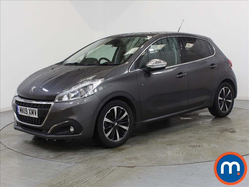 Peugeot 208 Tech Edition - Stock Number 1106962 Passenger side front corner