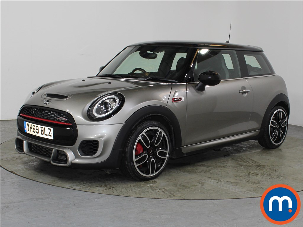 Mini Hatchback John Cooper Works - Stock Number 1107235 Passenger side front corner