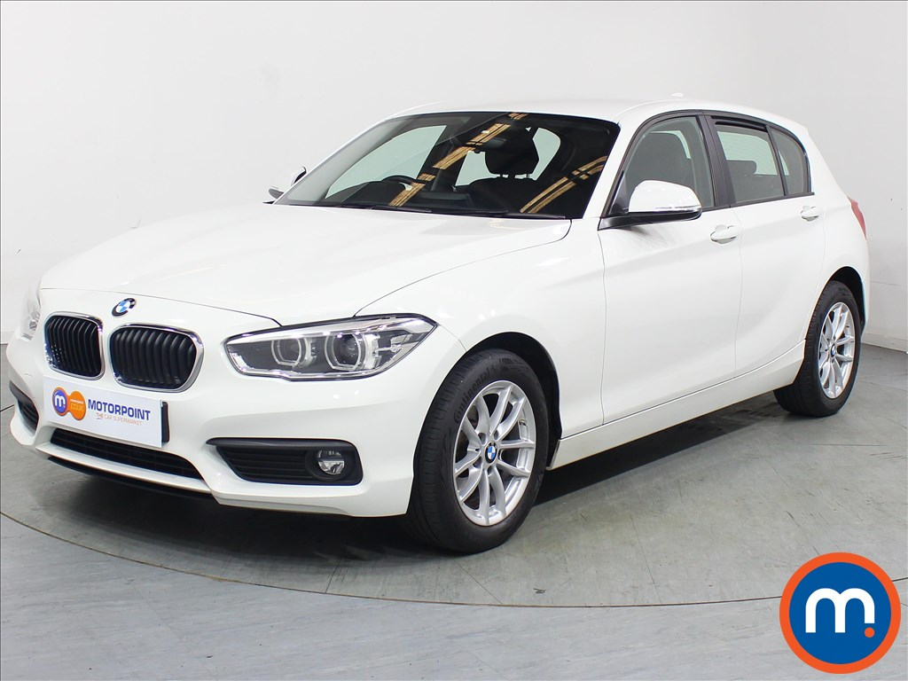 BMW 1 Series SE Business - Stock Number 1104839 Passenger side front corner
