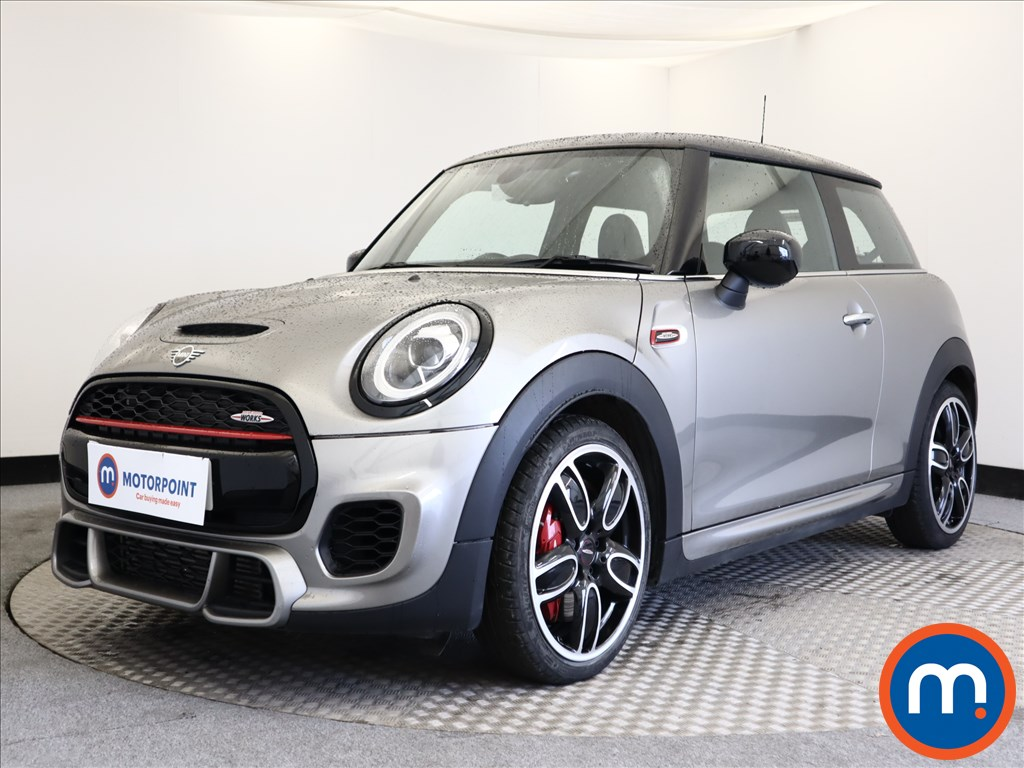Mini Hatchback John Cooper Works - Stock Number 1107239 Passenger side front corner