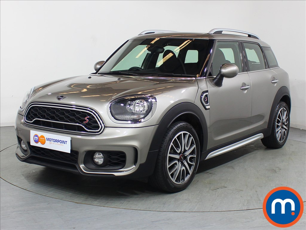 Mini Countryman Cooper S Sport - Stock Number 1107807 Passenger side front corner