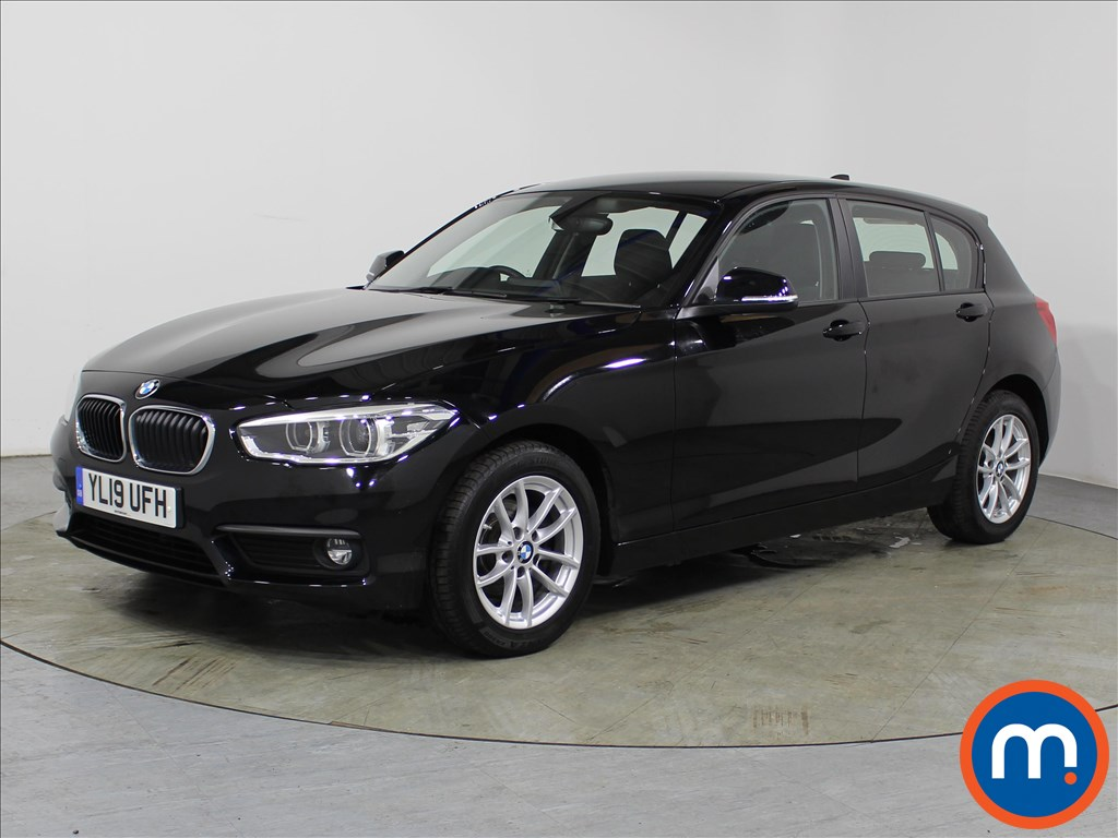 BMW 1 Series SE Business - Stock Number 1104845 Passenger side front corner