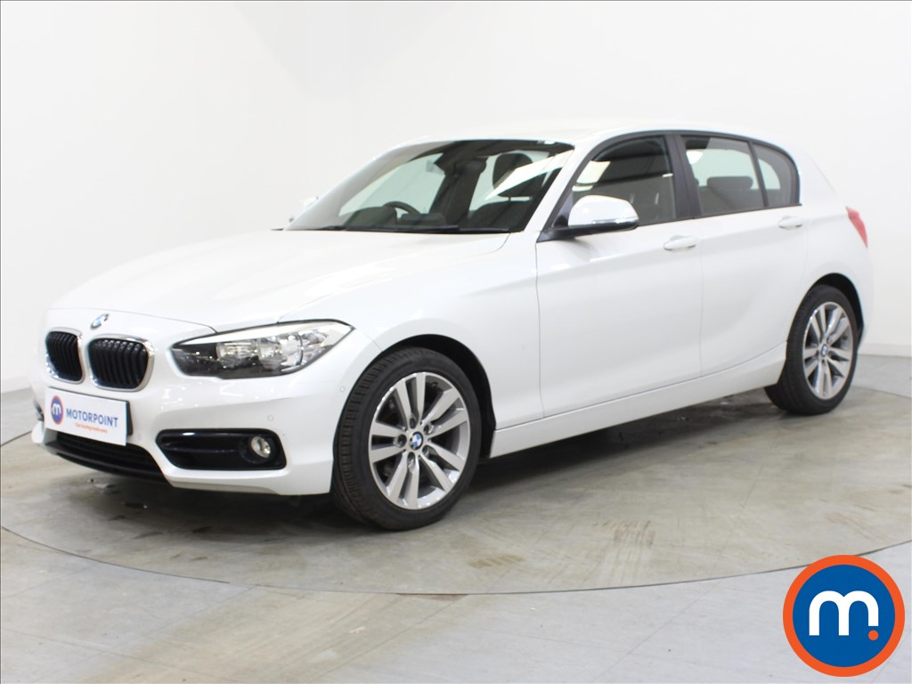 BMW 1 Series Sport - Stock Number 1108407 Passenger side front corner