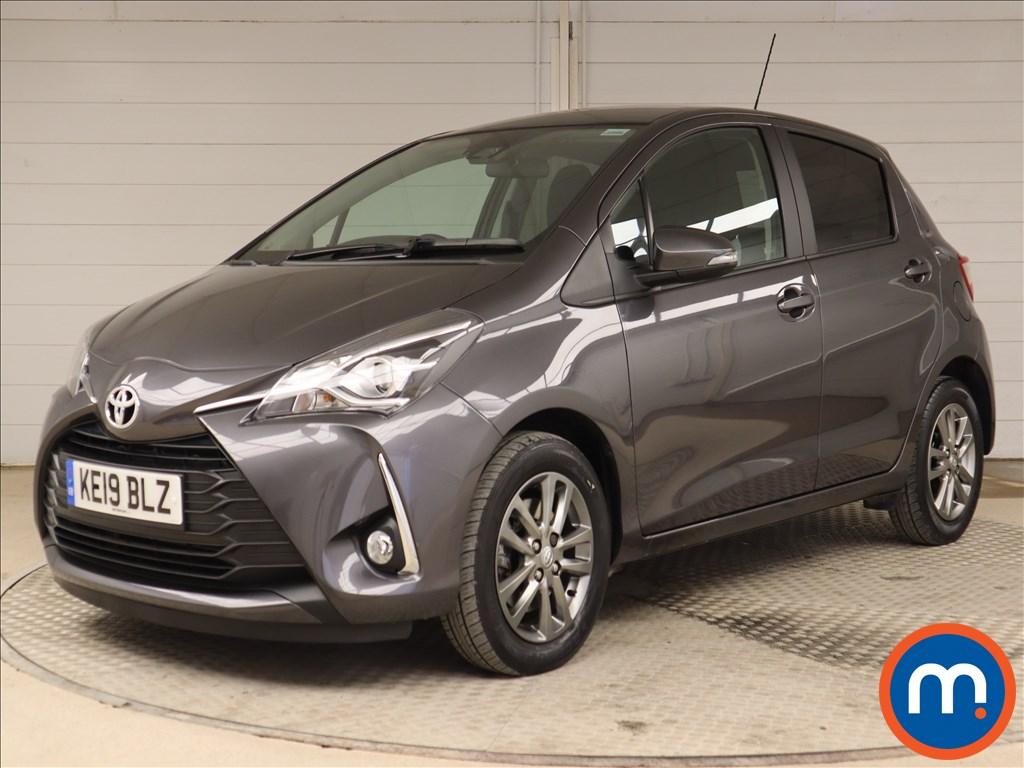 Toyota Yaris Icon Tech - Stock Number 1109350 Passenger side front corner