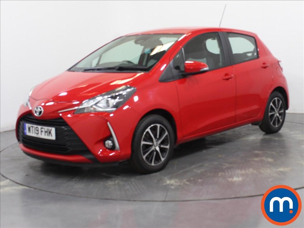 Toyota Yaris Icon Tech - Stock Number 1101086 Passenger side front corner