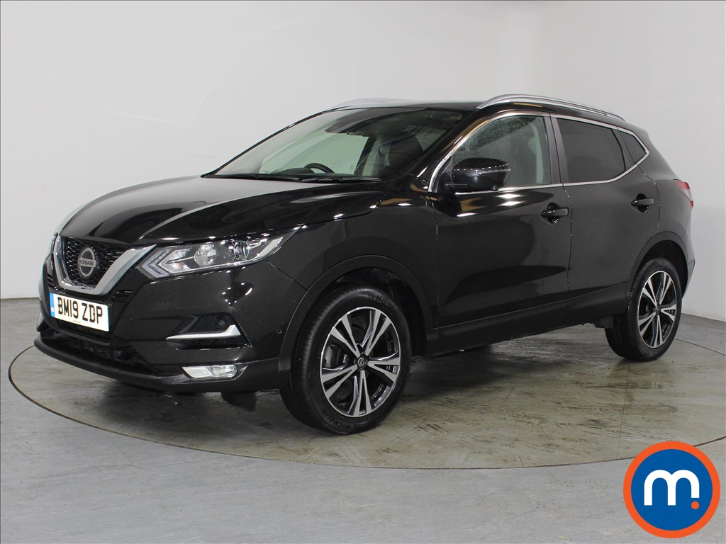 Nissan Qashqai N-Connecta - Stock Number 1115004 Passenger side front corner