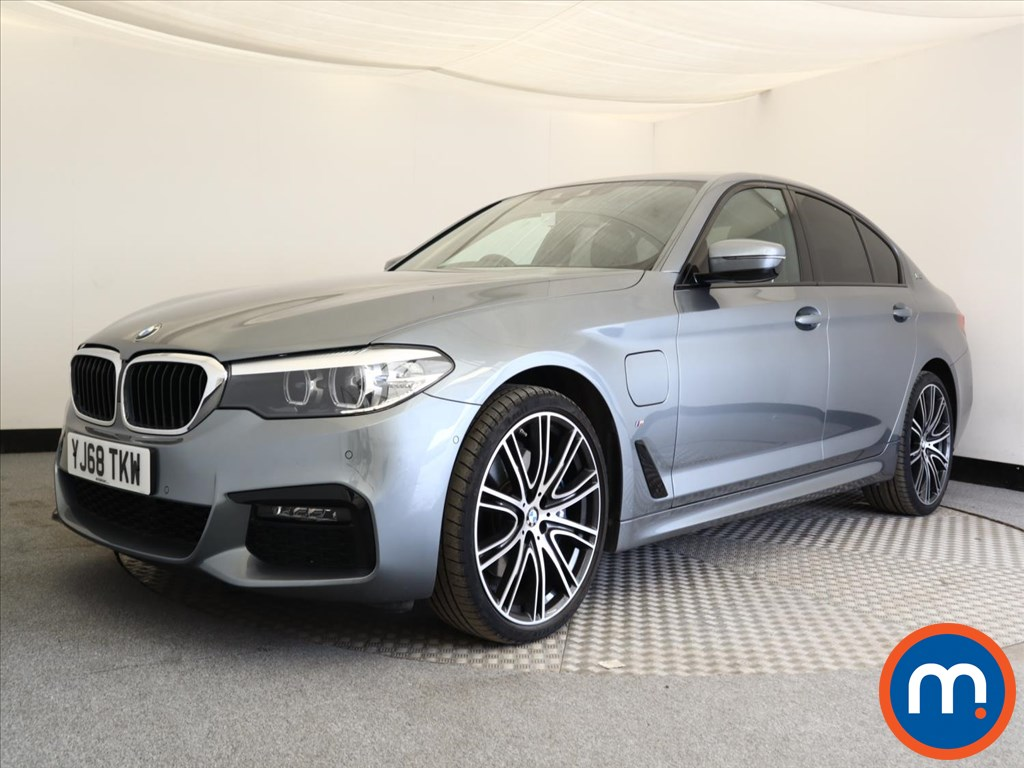 BMW 5 Series M Sport - Stock Number 1108659 Passenger side front corner