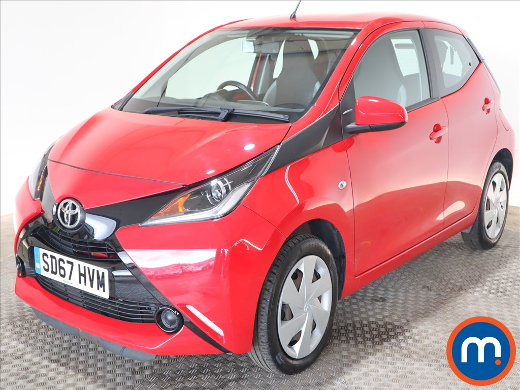 Toyota Aygo X-Play - Stock Number 1126199 Passenger side front corner