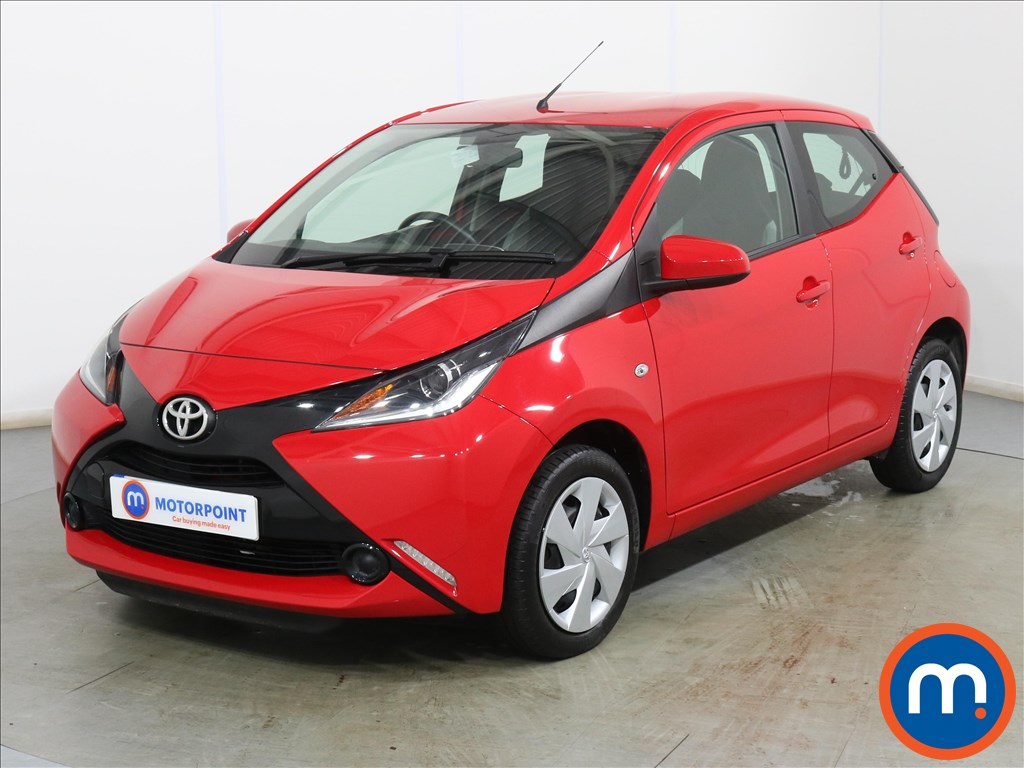 Toyota Aygo X-Play - Stock Number 1129539 Passenger side front corner