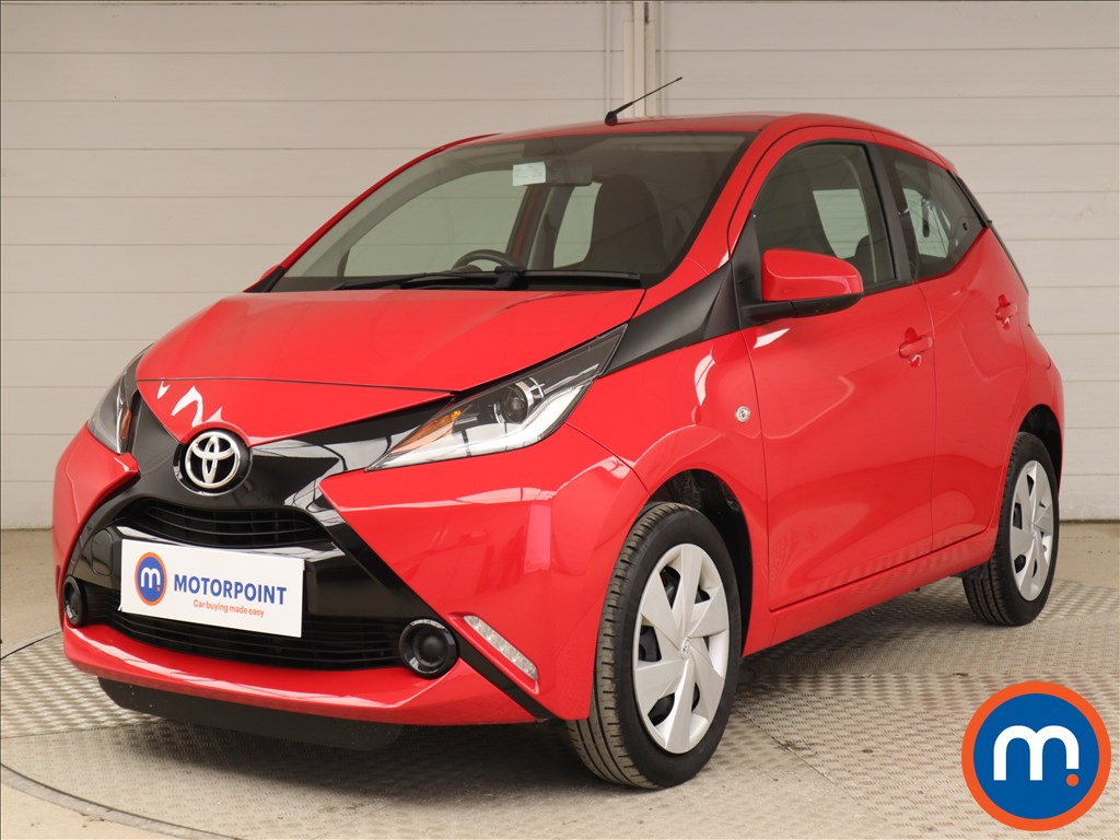 Toyota Aygo X-Play - Stock Number 1130129 Passenger side front corner