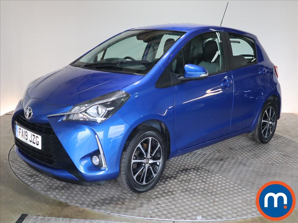 Toyota Yaris Icon Tech - Stock Number 1128480 Passenger side front corner