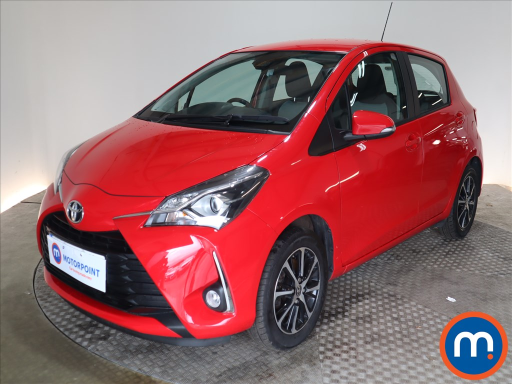Toyota Yaris Icon Tech - Stock Number 1128470 Passenger side front corner
