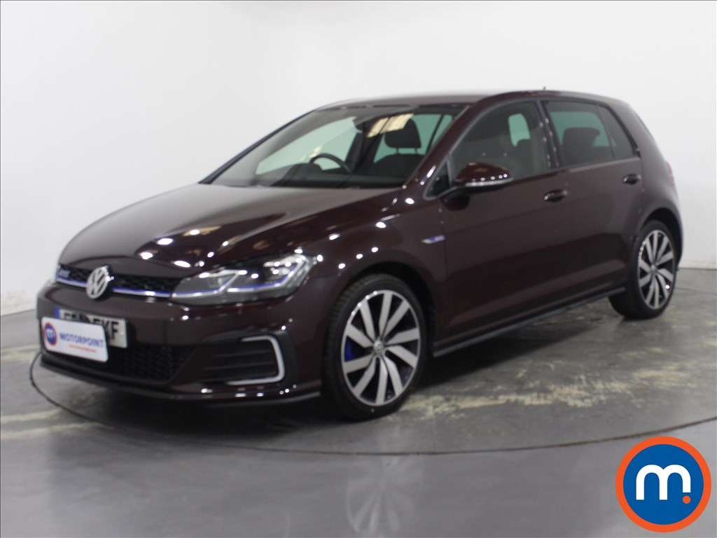 Volkswagen Golf GTE Advance - Stock Number 1134253 Passenger side front corner