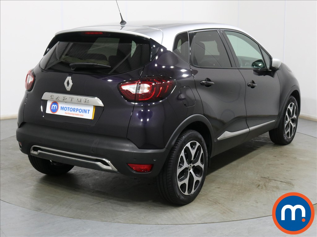 Renault Captur Signature S Nav - Stock Number 1133011 Passenger side front corner