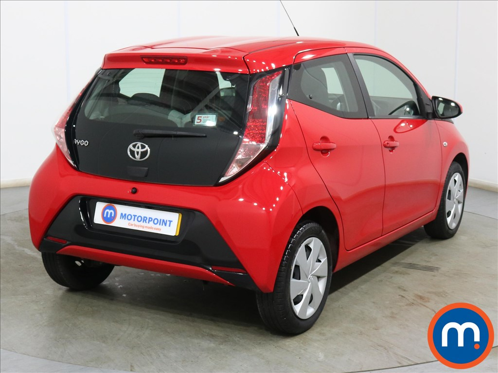 Toyota Aygo X-Play - Stock Number 1132824 Passenger side front corner