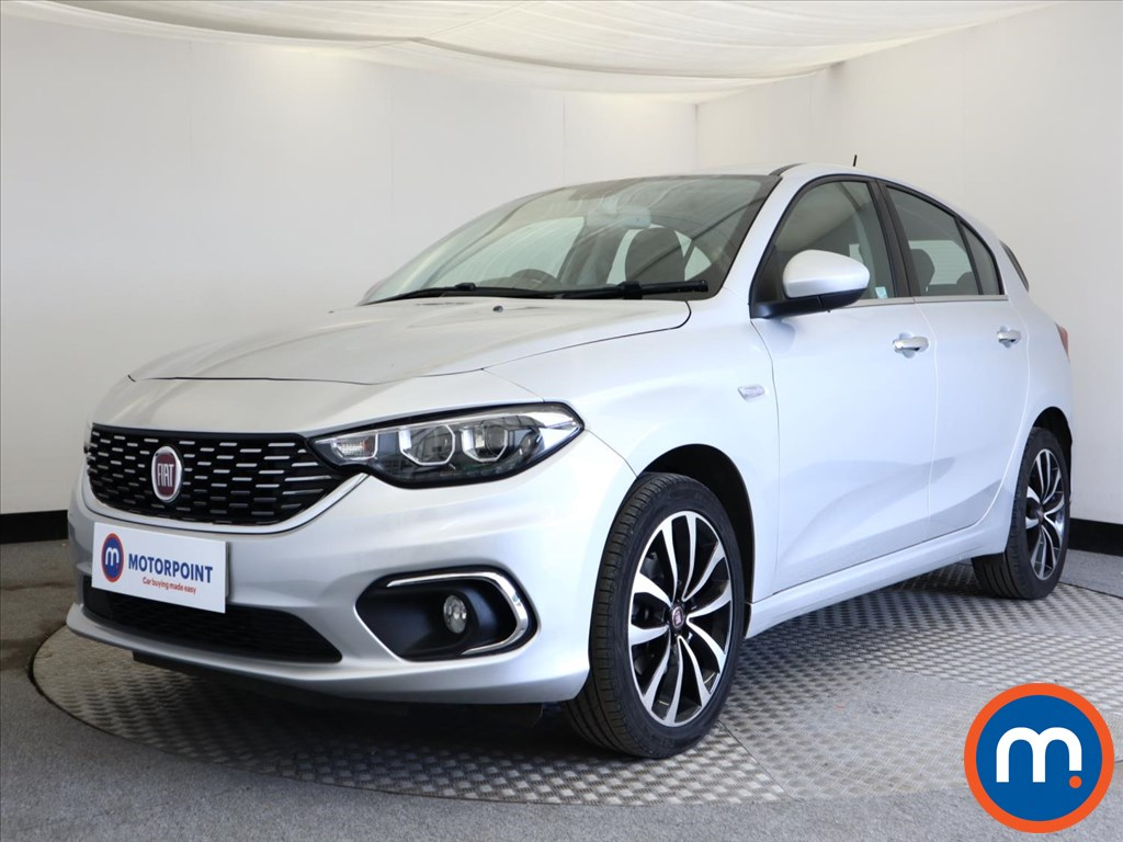 Fiat Tipo Lounge - Stock Number 1133697 Passenger side front corner
