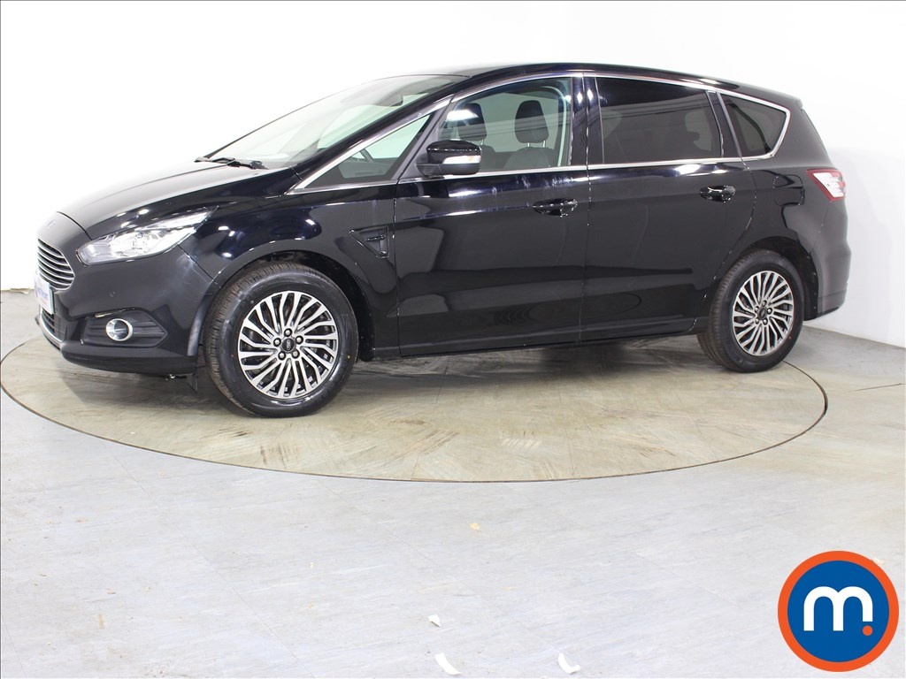 Ford S-Max Titanium - Stock Number 1125903 Passenger side front corner