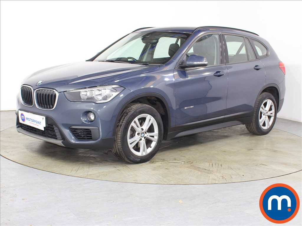 BMW X1 SE - Stock Number 1123948 Passenger side front corner