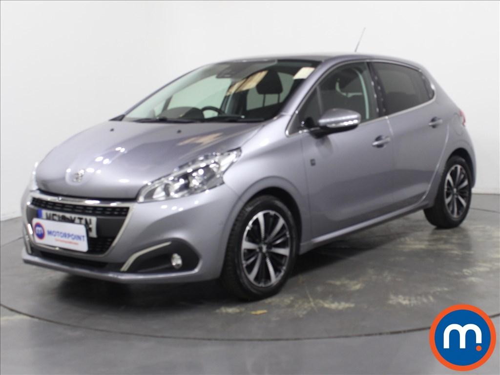 Peugeot 208 Tech Edition - Stock Number 1132182 Passenger side front corner