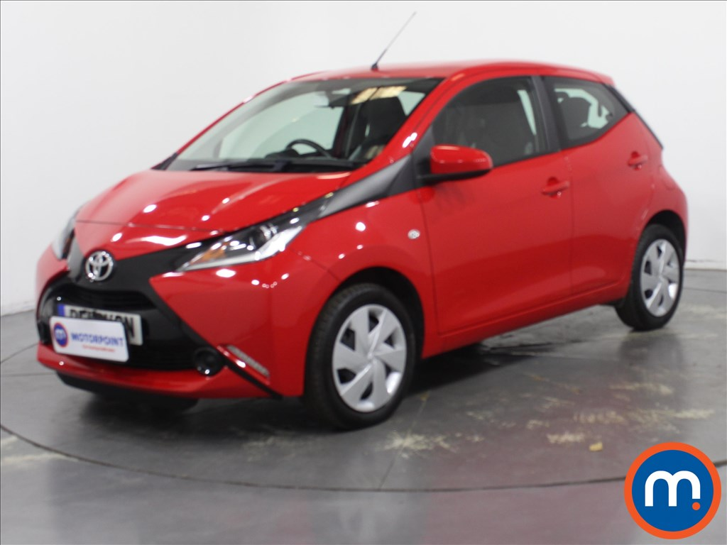 Toyota Aygo X-Play - Stock Number 1134789 Passenger side front corner