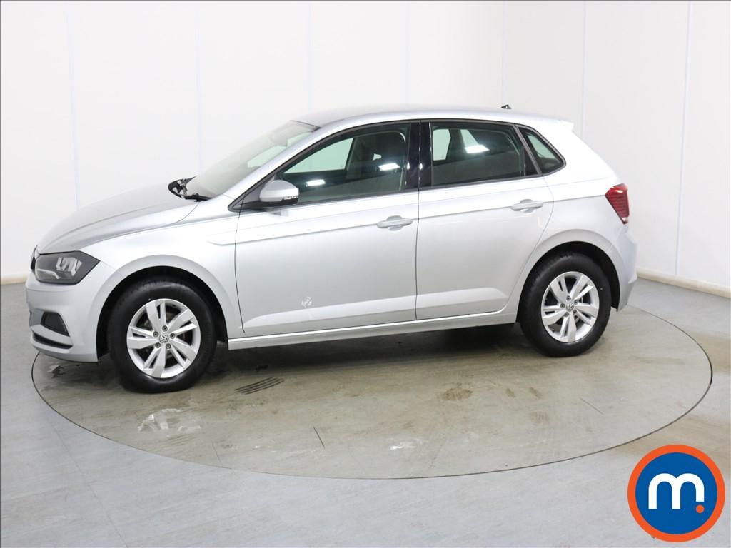 Volkswagen Polo SE - Stock Number 1132626 Passenger side front corner
