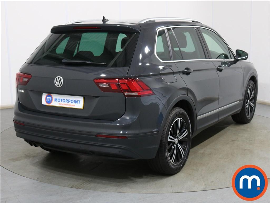 Volkswagen Tiguan SE Nav - Stock Number 1132890 Passenger side front corner