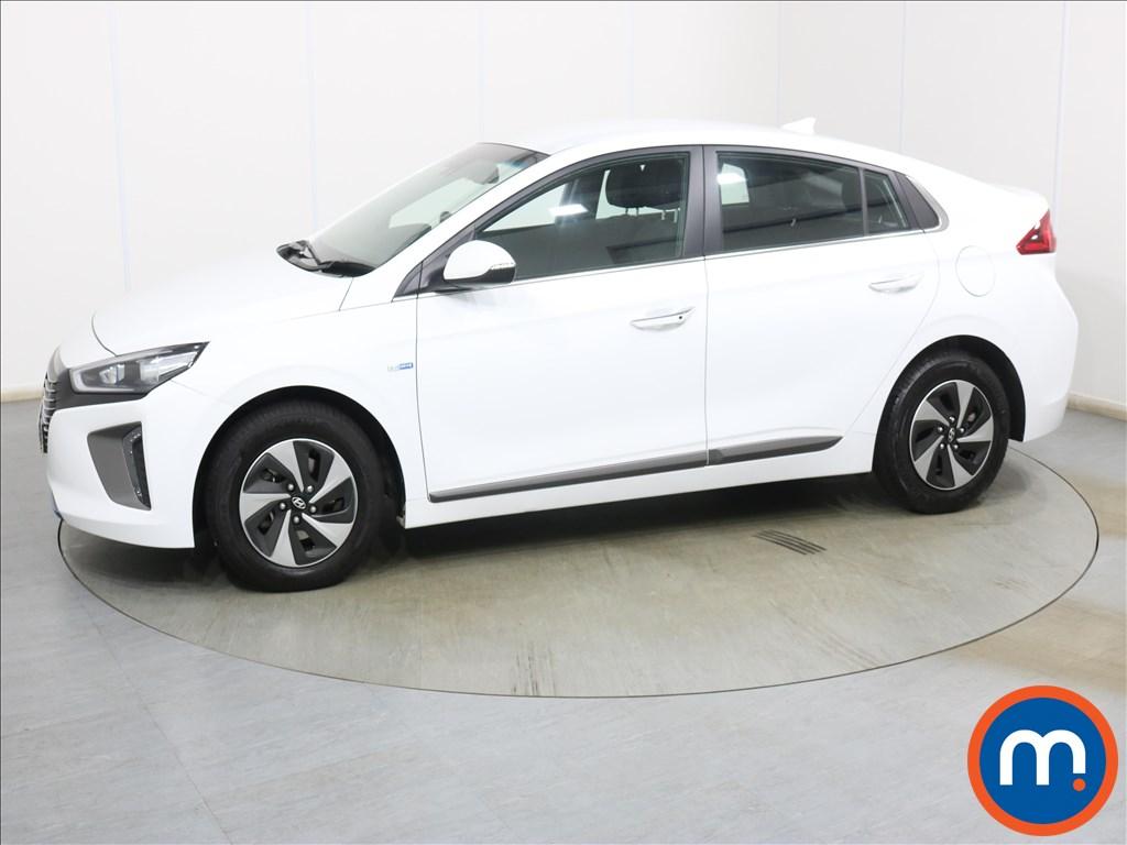 Hyundai Ioniq 1.6 GDi Hybrid Premium 5dr DCT - Stock Number 1128102 Passenger side front corner