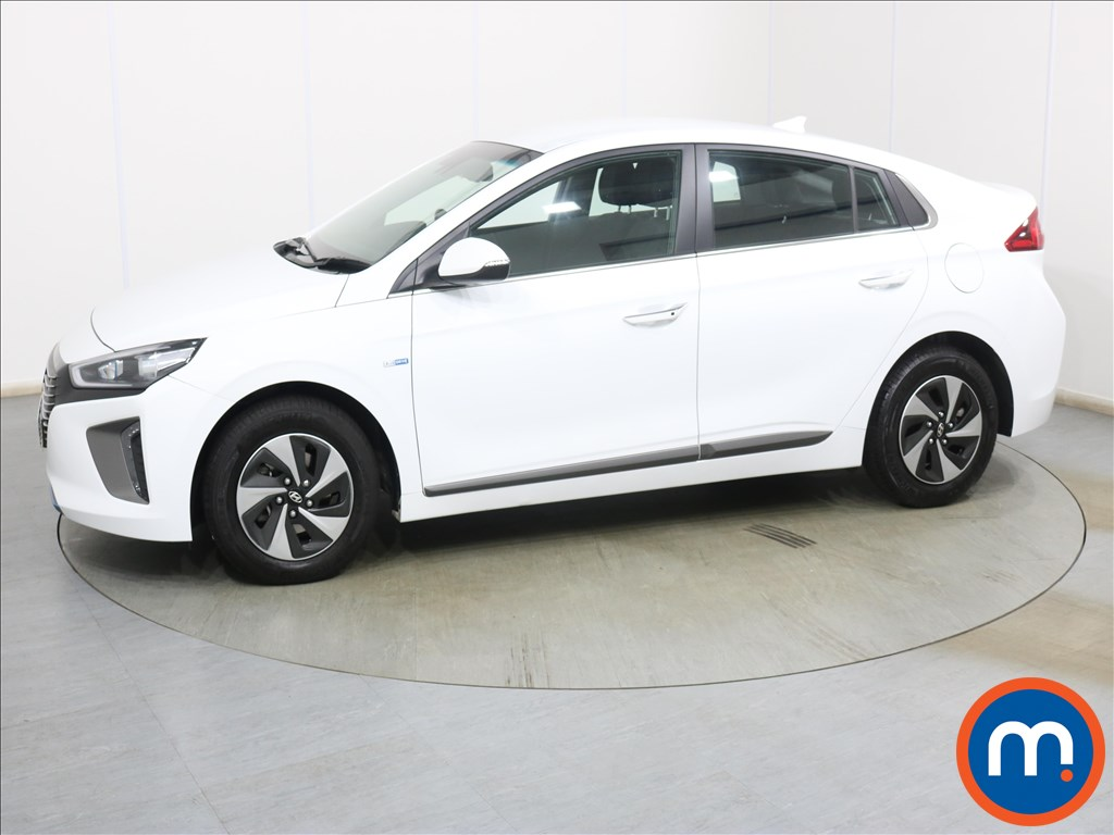 Hyundai Ioniq Premium - Stock Number 1128102 Passenger side front corner