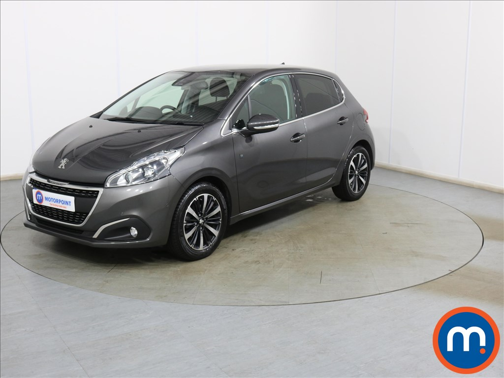 Peugeot 208 Tech Edition - Stock Number 1132116 Passenger side front corner