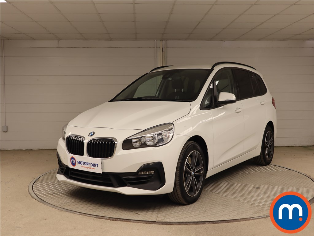 BMW 2 Series Sport - Stock Number 1134670 Passenger side front corner