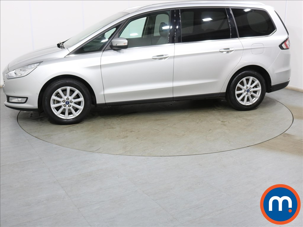 Ford Galaxy Titanium X - Stock Number 1129564 Passenger side front corner