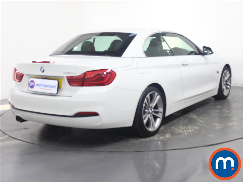 BMW 4 Series Sport - Stock Number 1135645 Passenger side front corner