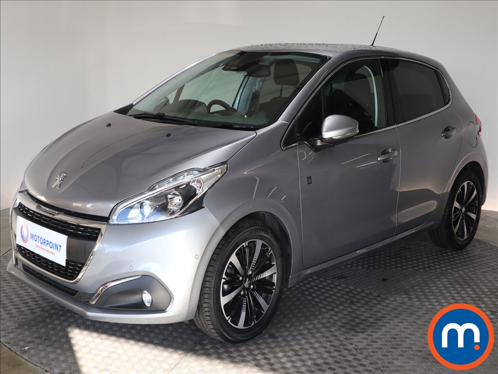 Peugeot 208 Tech Edition - Stock Number 1136214 Passenger side front corner