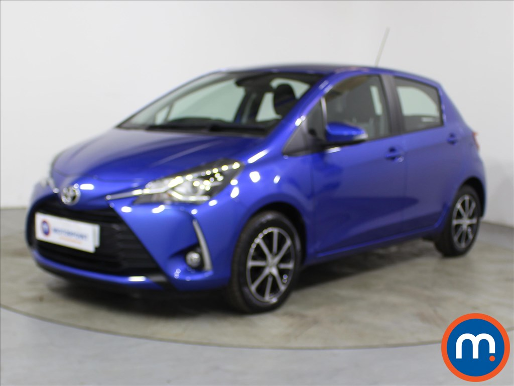 Toyota Yaris Icon Tech - Stock Number 1118824 Passenger side front corner
