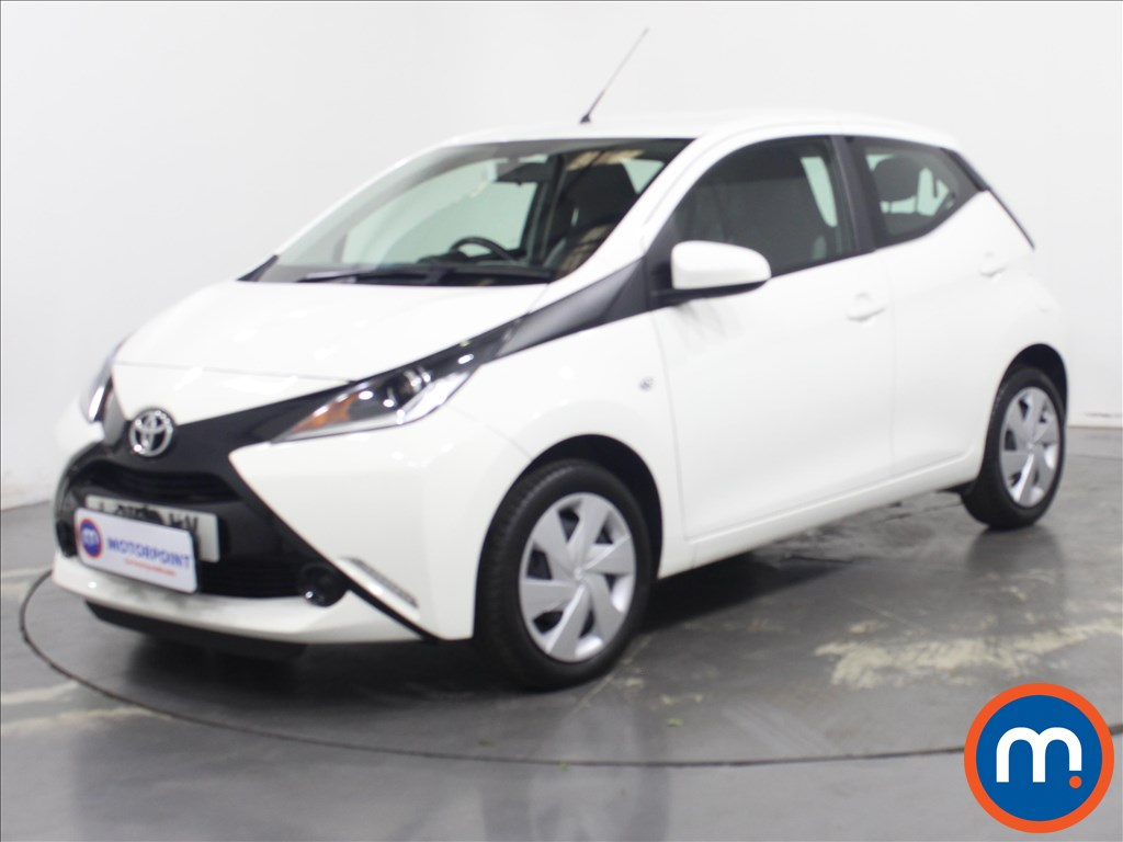Toyota Aygo X-Play - Stock Number 1137483 Passenger side front corner