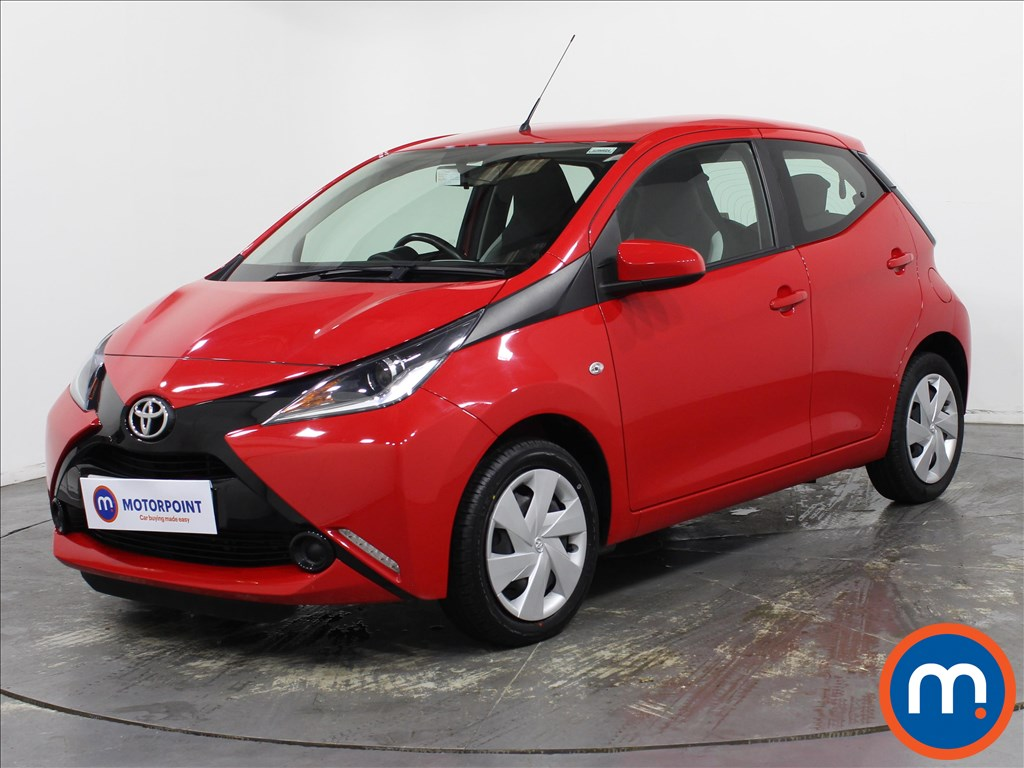 Toyota Aygo X-Play - Stock Number 1139893 Passenger side front corner