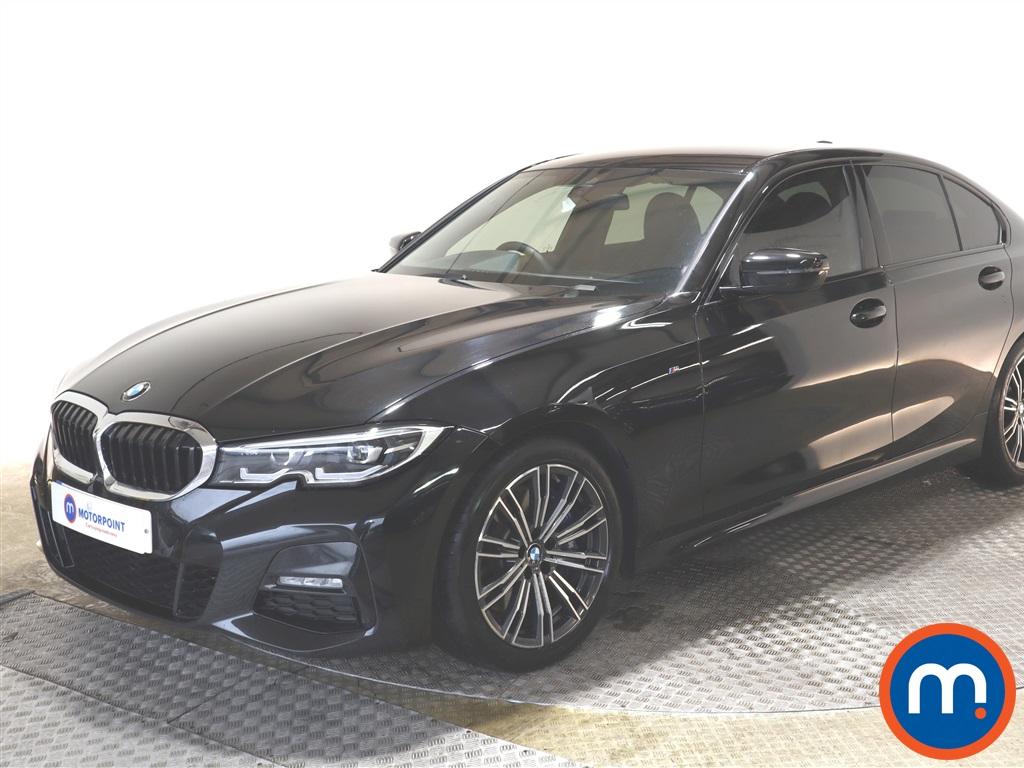 BMW 3 Series 330i M Sport 4dr Step Auto - Stock Number 1139356 Passenger side front corner