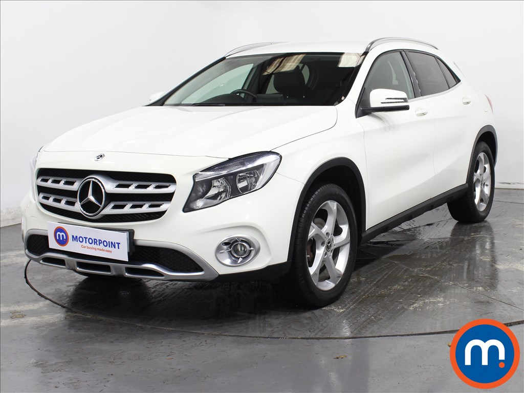 Mercedes-Benz GLA Sport - Stock Number 1131225 Passenger side front corner