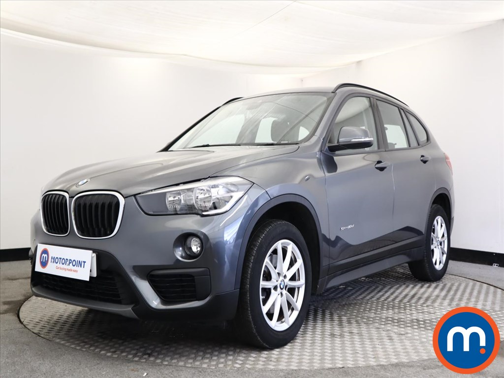 BMW X1 SE - Stock Number 1143125 Passenger side front corner