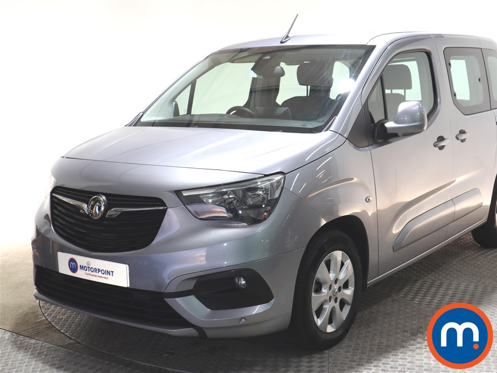 Vauxhall Combo Life 1.5 Turbo D 130 Energy 5dr Auto - Stock Number 1141175 Passenger side front corner