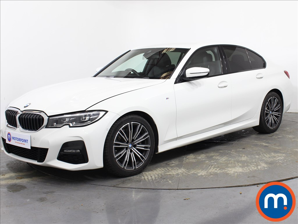 BMW 3 Series 330i M Sport 4dr Step Auto - Stock Number 1139365 Passenger side front corner