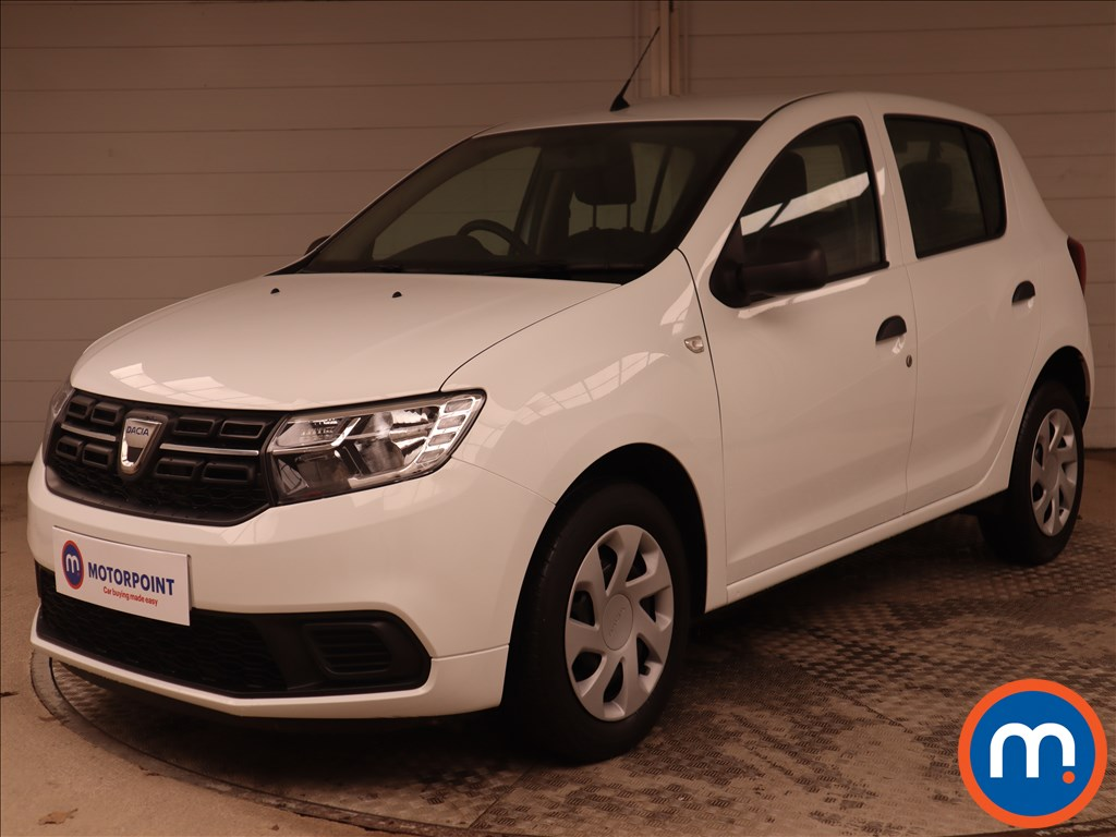 Dacia Sandero Ambiance - Stock Number 1144352 Passenger side front corner