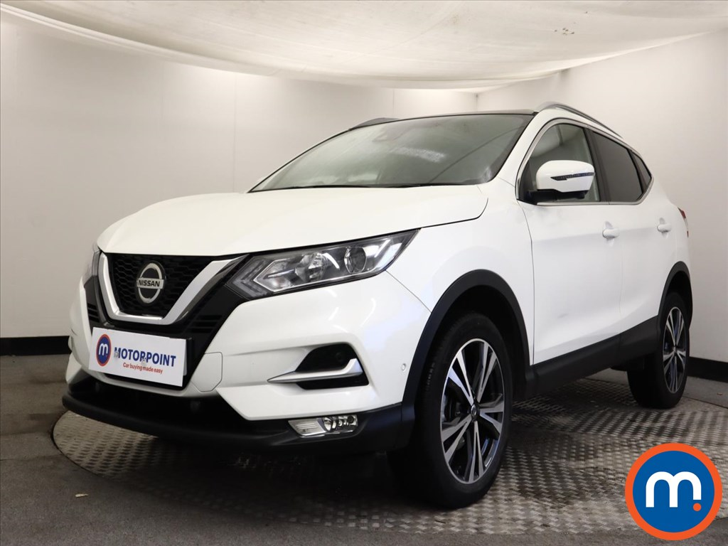 Nissan Qashqai 1.3 DiG-T N-Connecta 5dr [Glass Roof Pack] - Stock Number 1149574 Passenger side front corner