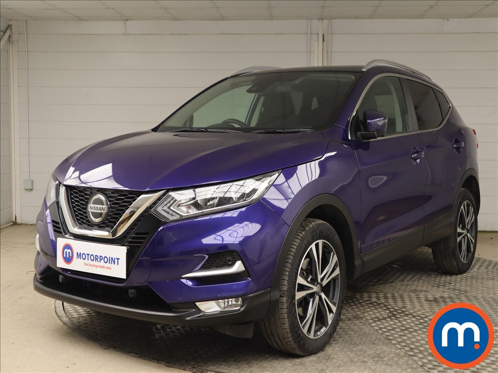Nissan Qashqai 1.5 dCi N-Connecta [Glass Roof Pack] 5dr - Stock Number 1140558 Passenger side front corner