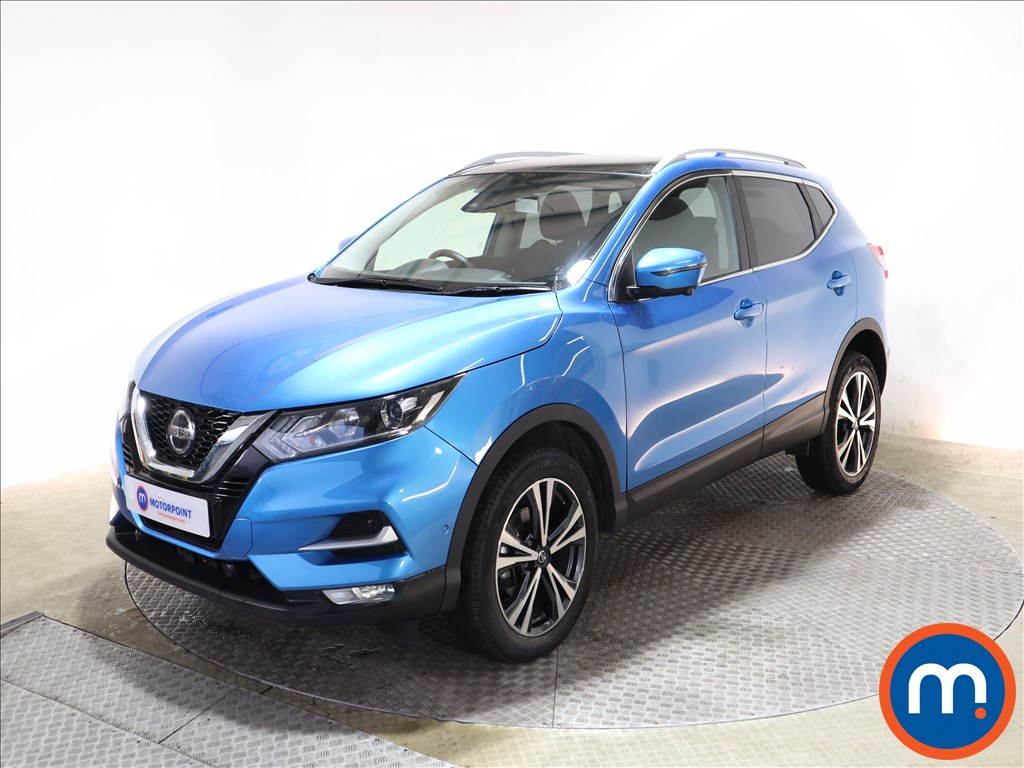 Nissan Qashqai 1.3 DiG-T N-Connecta 5dr [Glass Roof Pack] - Stock Number 1149555 Passenger side front corner