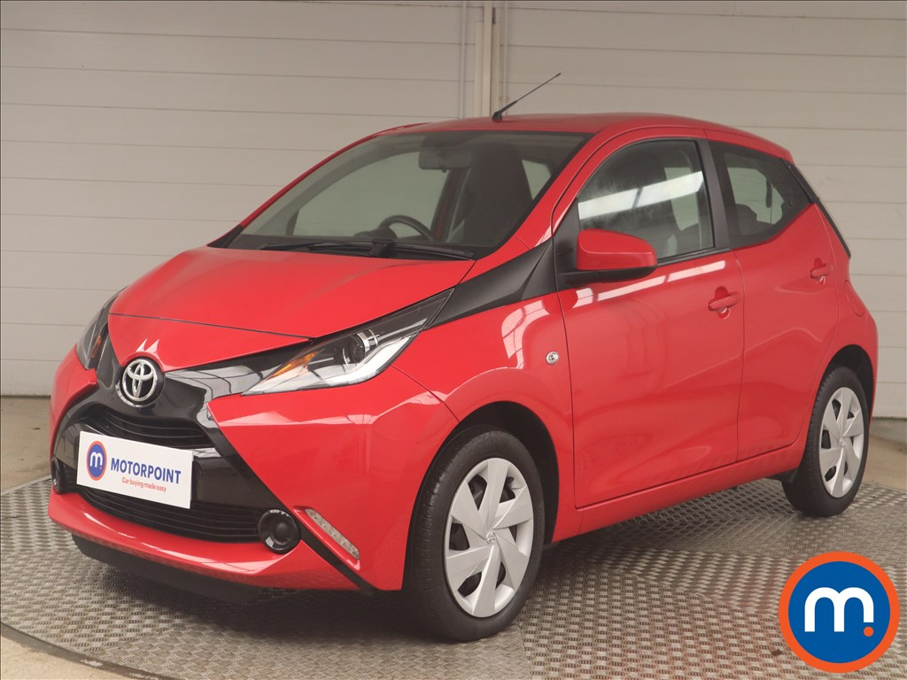 Toyota Aygo X-Play - Stock Number 1140973 Passenger side front corner