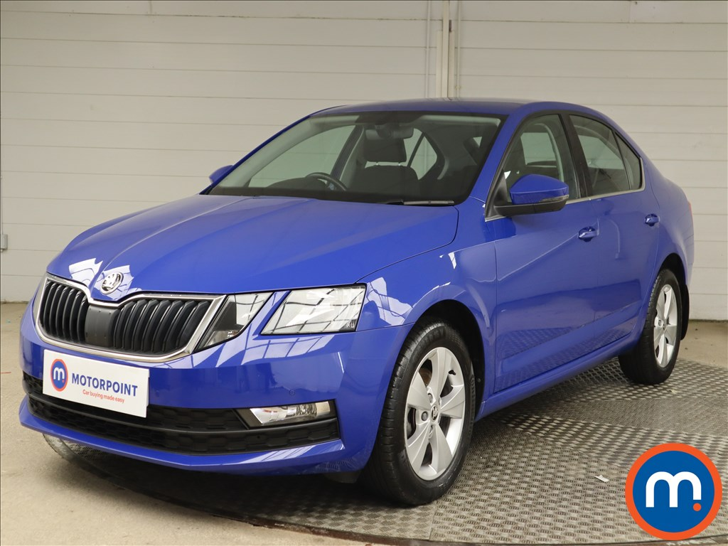 Skoda Octavia SE Technology - Stock Number 1147141 Passenger side front corner