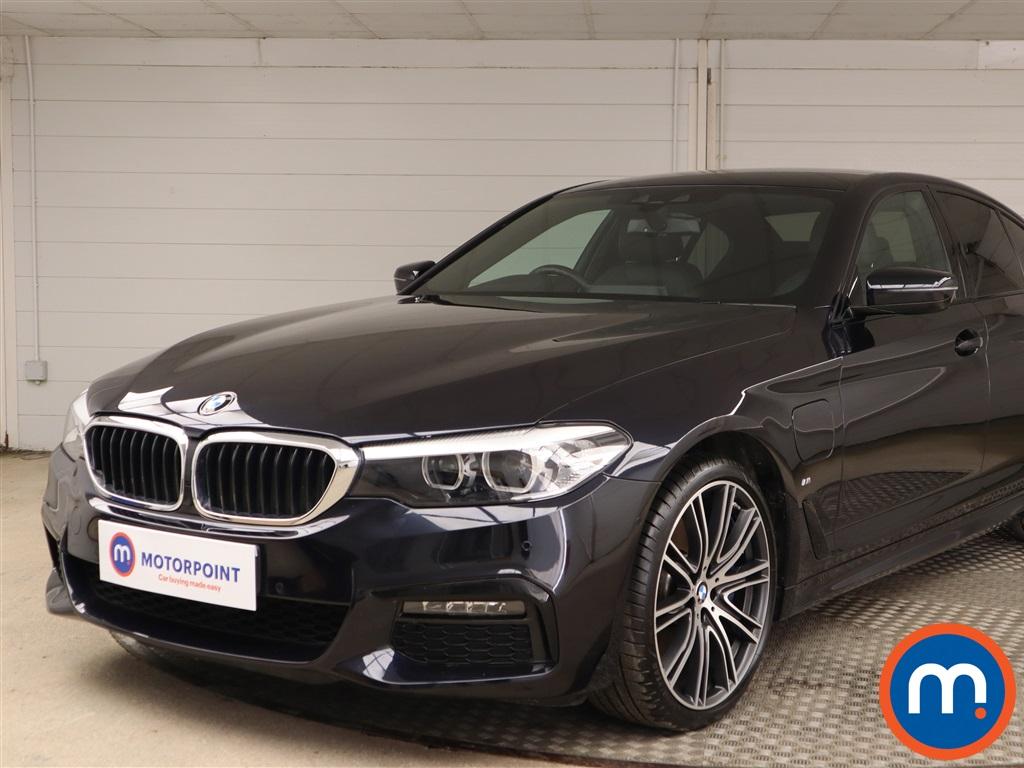 BMW 5 Series M Sport - Stock Number 1135322 Passenger side front corner