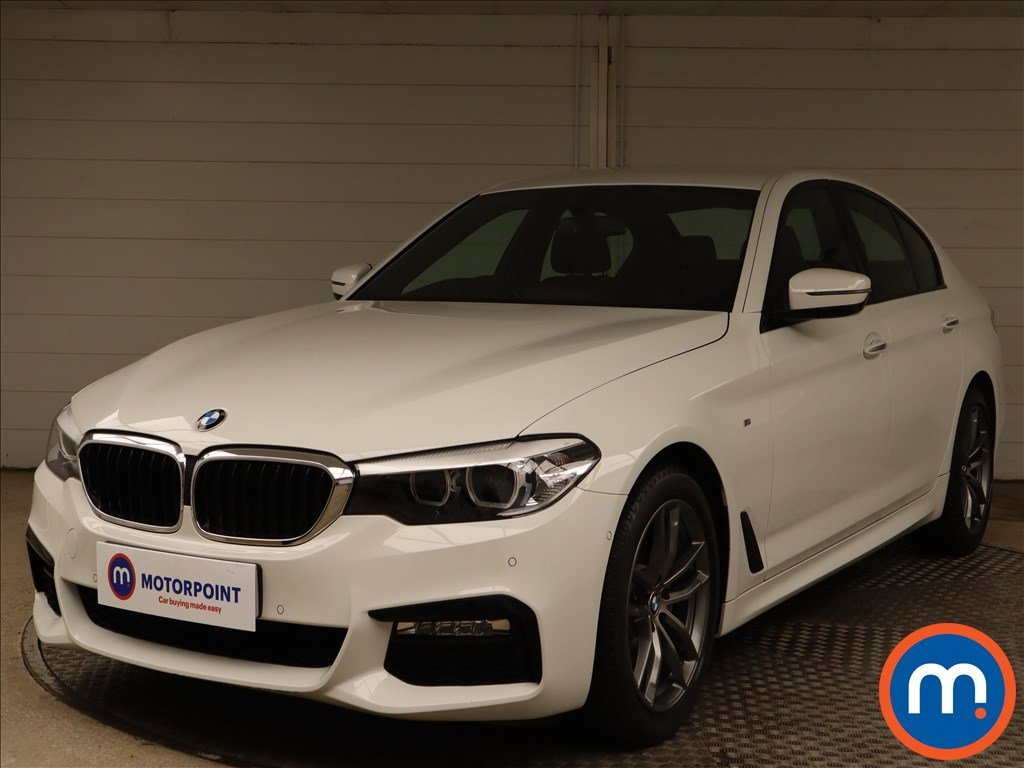 BMW 5 Series 520d M Sport 4dr Auto - Stock Number 1140469 Passenger side front corner